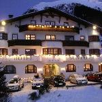 Hotel Büntali Foto