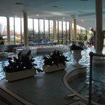 lesiure club with pool, sauna and jacuzzi!