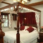 First class luxury four poster bedroom!