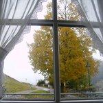 im Winter Ausblick auf die Schipiste, direkt hinter dem Haus