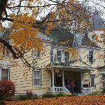 Hawthorne Inn - exterior