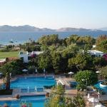 Caravia Beach Hotel Photo