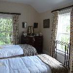 Smaller twin bedroom