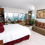 Oceanfront King Suite #03