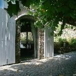 Quinta do Mar - Traditional, Cobbled Courtyard