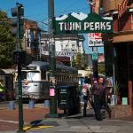 Twin Peaks Tavern Foto