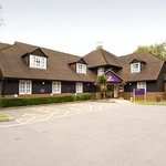 Premier Inn Woking West (A324) Hotel