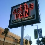 Apple Pan's FAMOUS Neon Signage