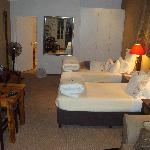 Ochre Studio - Bedroom