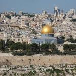 Pohled na Chrámovou horu se Skalním chrámem - Stavba patří k třem nejsvětějším islámským stavbám