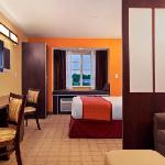 Beautiful Queen Suites