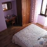 Camera doppia color viola
