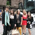 Upper East Siders on the Gossip Girl Tour