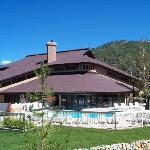 Trappeur's Crossing Resort indoor/outdoor pool (exterior)