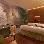Damai Spa Couple's Suite