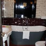 I dont usually like baths but I LOVED this bath - big enough for 2!!