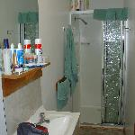 Bathroom (Deluxe Cabin)