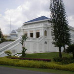 Istana lama side view