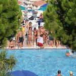 Giochi nella piscina Semiolimpionica del Villaggio Europe Garden