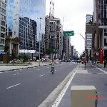 Av Paulista Frente al Hotel, impecable