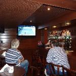 4 TV screens for football live