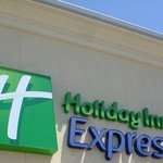 Holiday Inn Express Exterior View