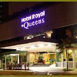 Royal@Queens