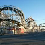 CONEY ISLAND 1ER PARC D'ATTRACTION DES USA