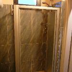 camera 323 bagno