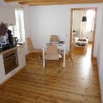 Blick auf Küche und Wohnzimmer
