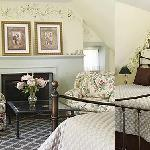 Quaint Estate Lodging with Delicious breakfast