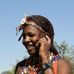 masai mit handy- lodge manager leshao