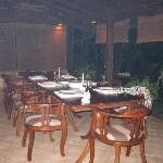 10 person outdoor dining table