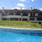 The pool at the Mount Kenya Safari club, nice!