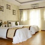Hanoi Silver Hotel