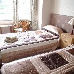 En-suite twin room over looking Weymouth Harbour