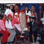 toda la familia con Santa Claus