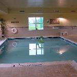 Country Inn & Suites Carlisle Heated Indoor Pool