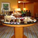 Concierge Floor Appetizers - Evening