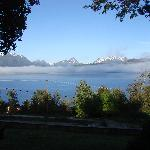 Lago Correntoso frente a la Hostería