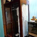 Grand Deluxe Room Wardrobe.