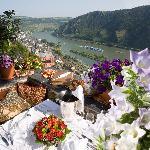 Rheinterrasse mit Blick ins Rheintal