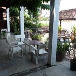 Le restaurant sur la terrasse