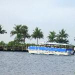 The free boat Shuttle that takes you to Ft myers beach