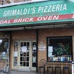 Grimaldi's, the best pizza in New York!