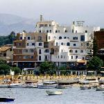 Hotel Sporting visto dal mare