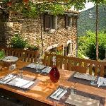 La table l'été. Le Mas du Coupétadou - Cévennes - Lozère