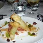 Prawns tempura with smoked salmon