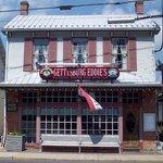 Eddie's Storefront