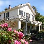 "Pescadero's Original ""Bed & Biscuit"" Inn - The Historic James McCormick House"